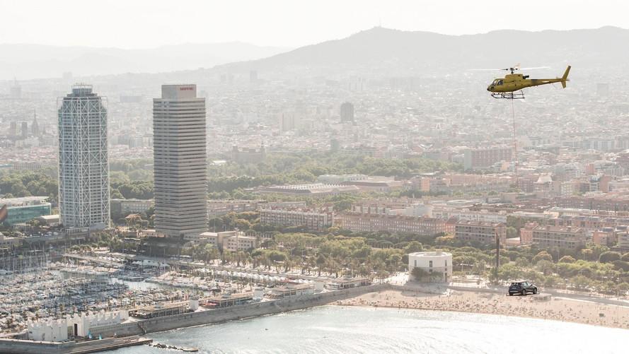 SEAT Arona, Barselona sahilinde helikopter turuna çıktı