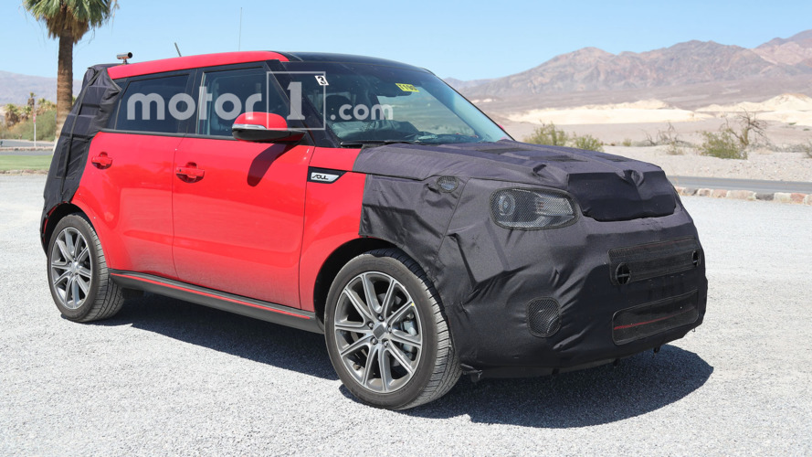 2017 Kia Soul spied testing in Death Valley