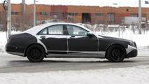 2013/2014 Mercedes S-Class prototype spy photo