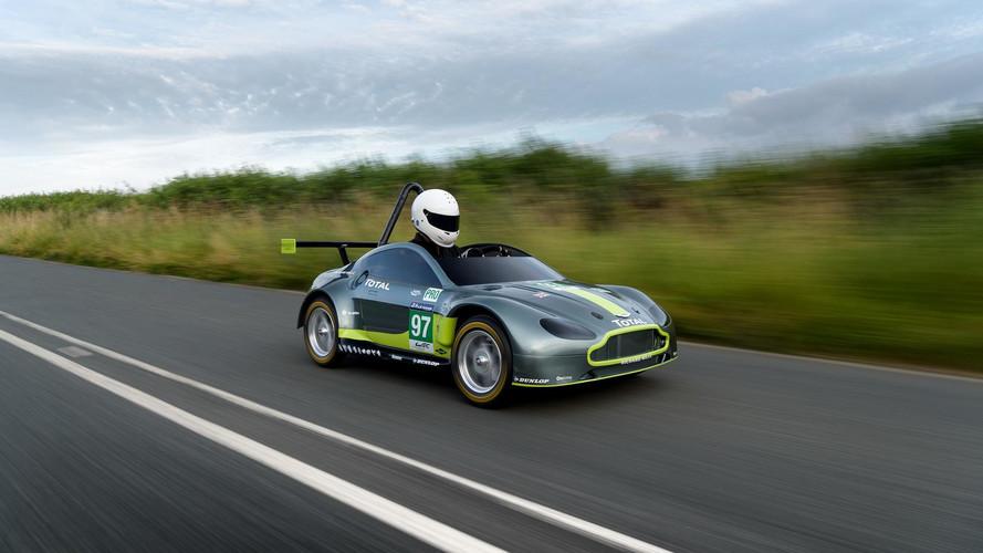 Aston Martin Aston Martin V8 Vantage GTE - Red Bull Soapbox Race 2017