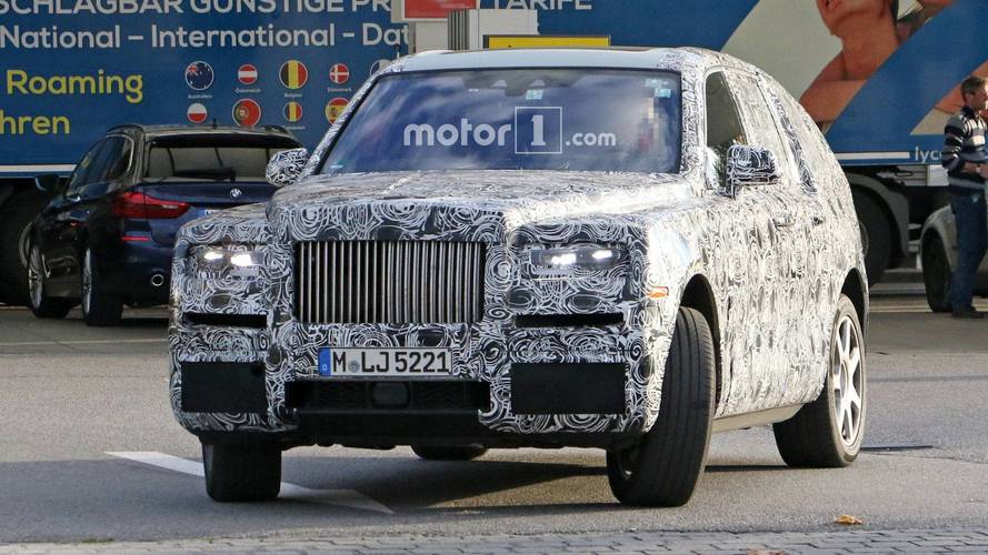 Rolls-Royce Cullinan spotted out testing – including the interior