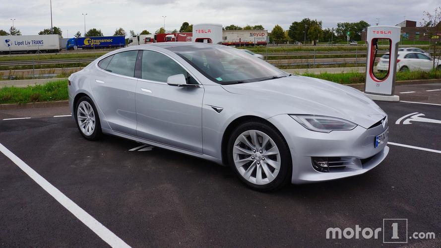 Essai Tesla Model S 75D - Traverser la France en silence