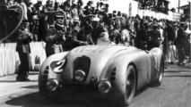 The winner of Le Mans 1937: Jean-Pierre Wimille in the Typ 57G Tank