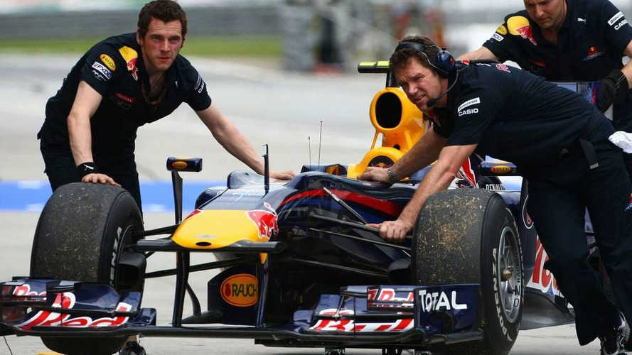 More Red Bull reliability scares in Sepang practice