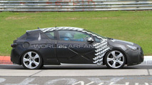 Opel Astra GTC spy photo, Nurburgring, Germany 22.06.2010