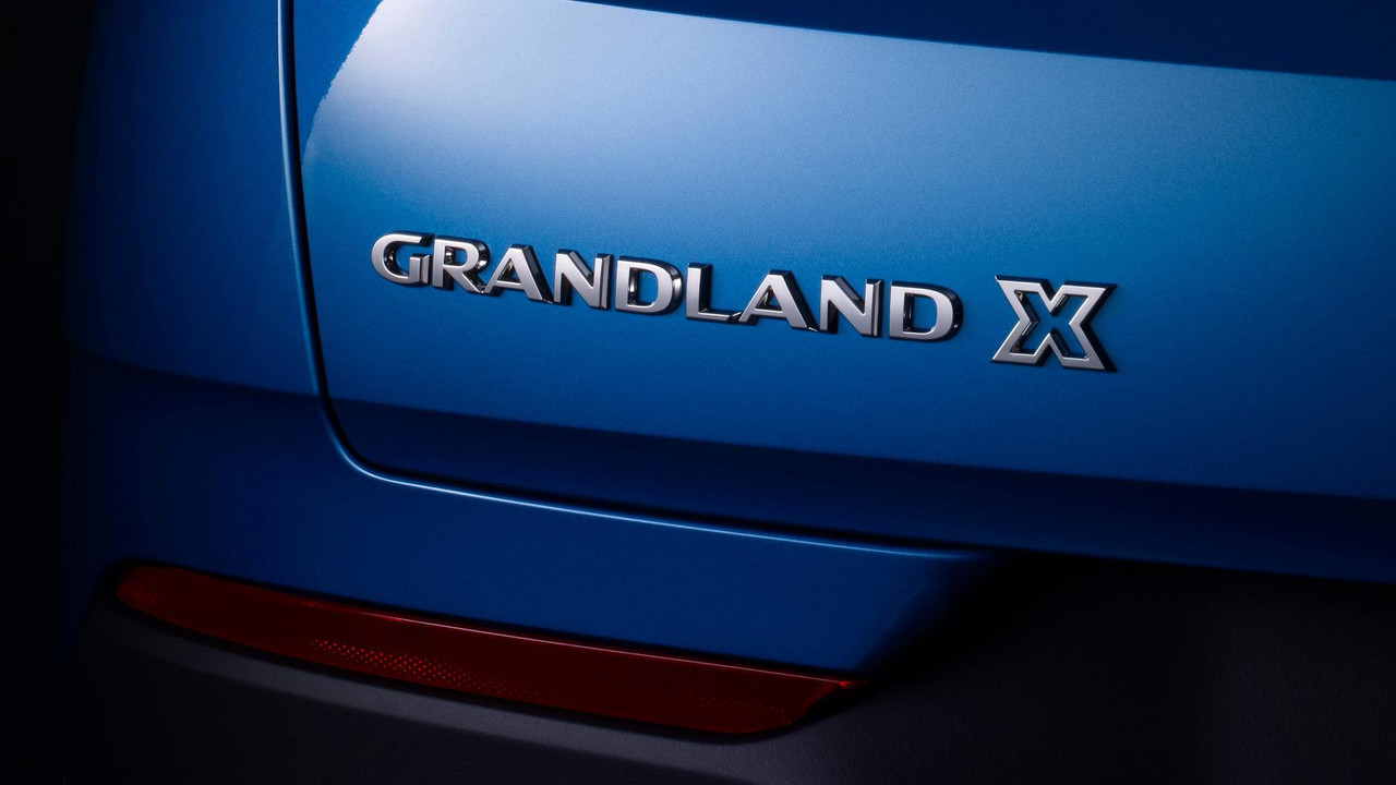 Opel grandland x l 39 offensive se pr cise for Interieur opel grandland x