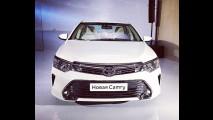 Toyota Camry 2015 com visual
