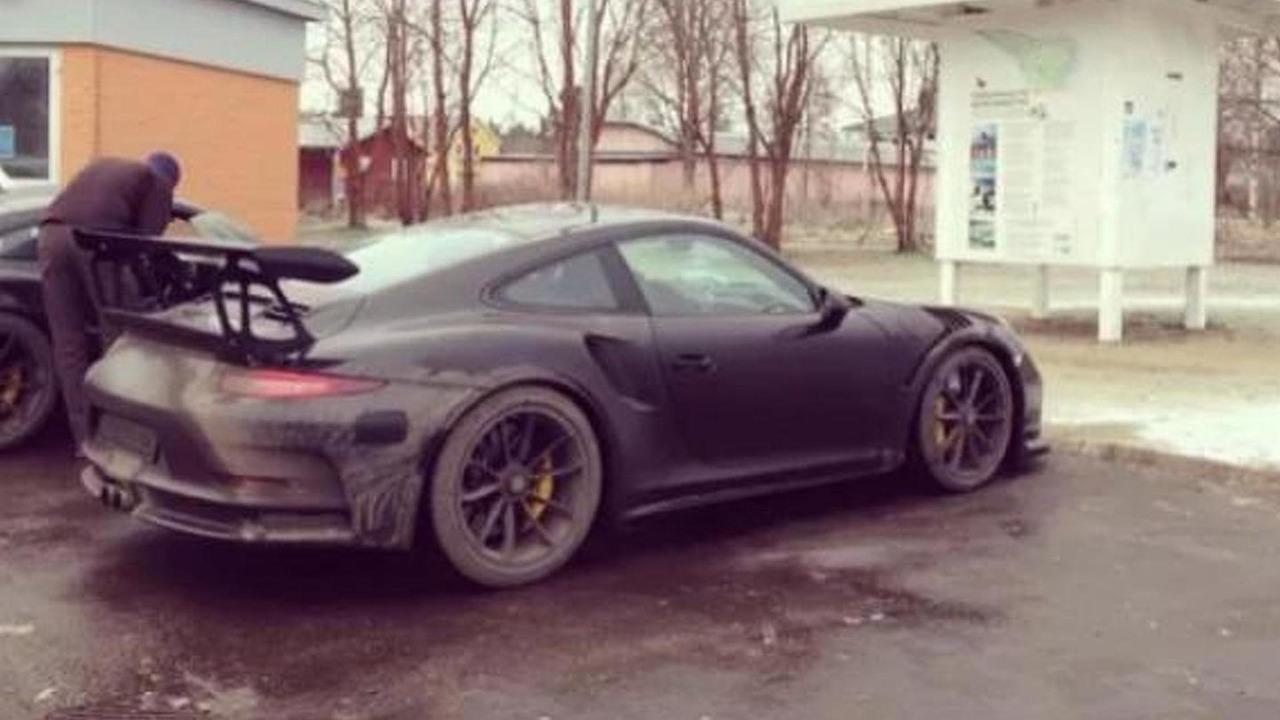 Porsche 911 GT3 RS spy photo