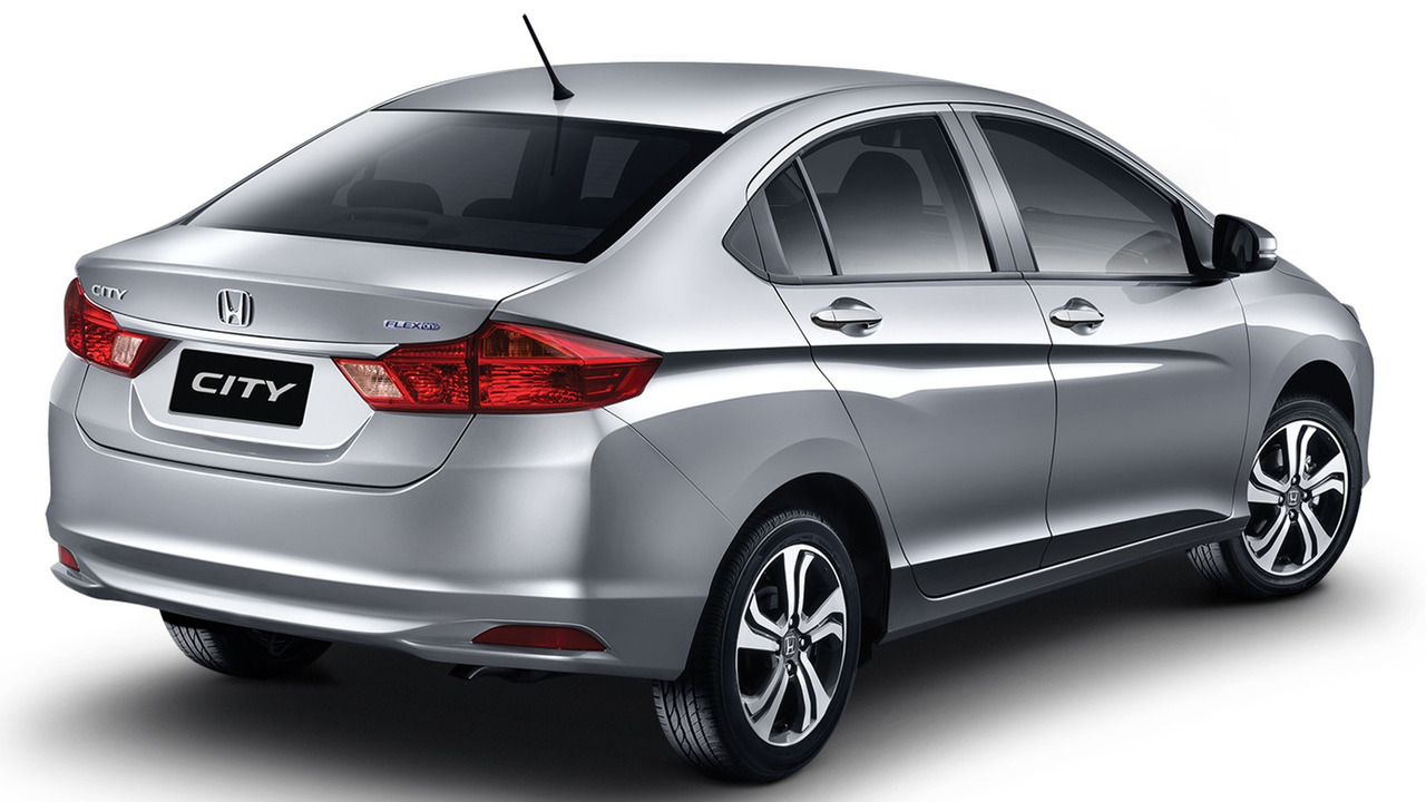 Honda City 2015 - traseira