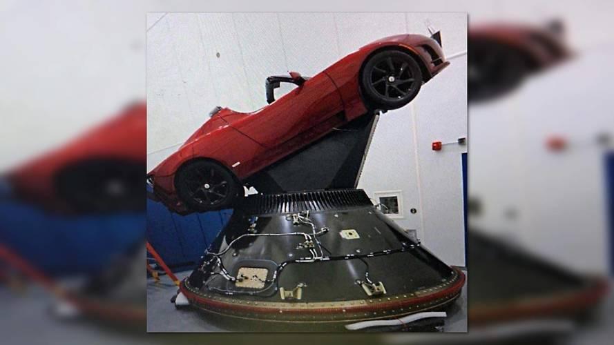 Elon Musk'ın Tesla'sı birkaç gün sonra uzaya gidiyor