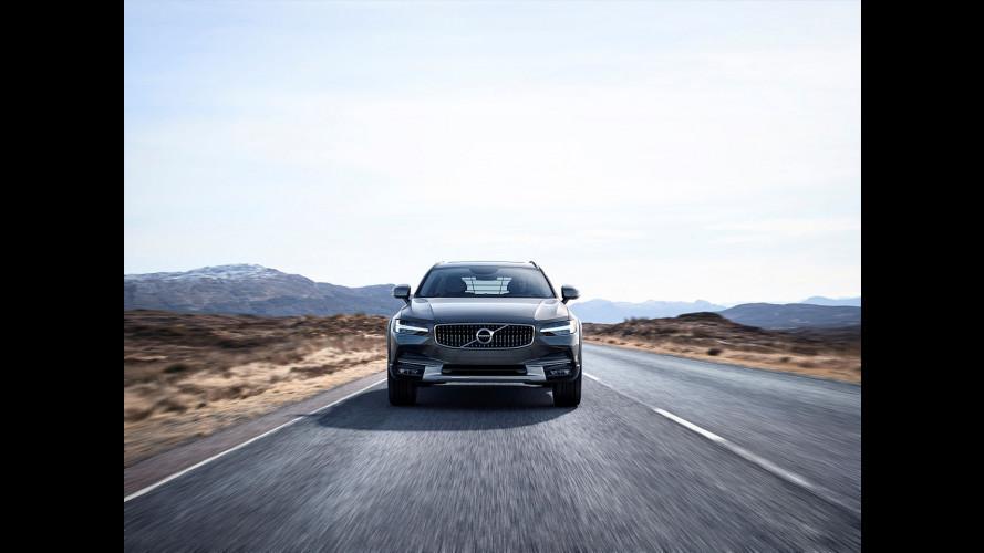 Nuova Volvo V90 Cross Country, familiare