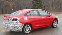 Chevrolet Cruze Hybrid spy photo