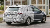 2016 Opel Astra Sports Tourer spy photo