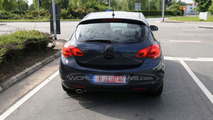 Opel Astra 5-Door Post Reveal - Even better pics on the street