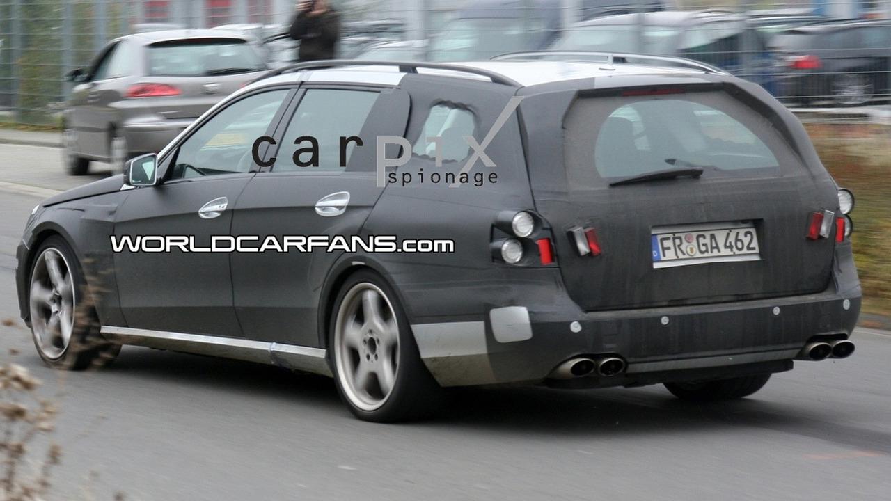 Mercedes E 63 AMG Wagon Spy Photo