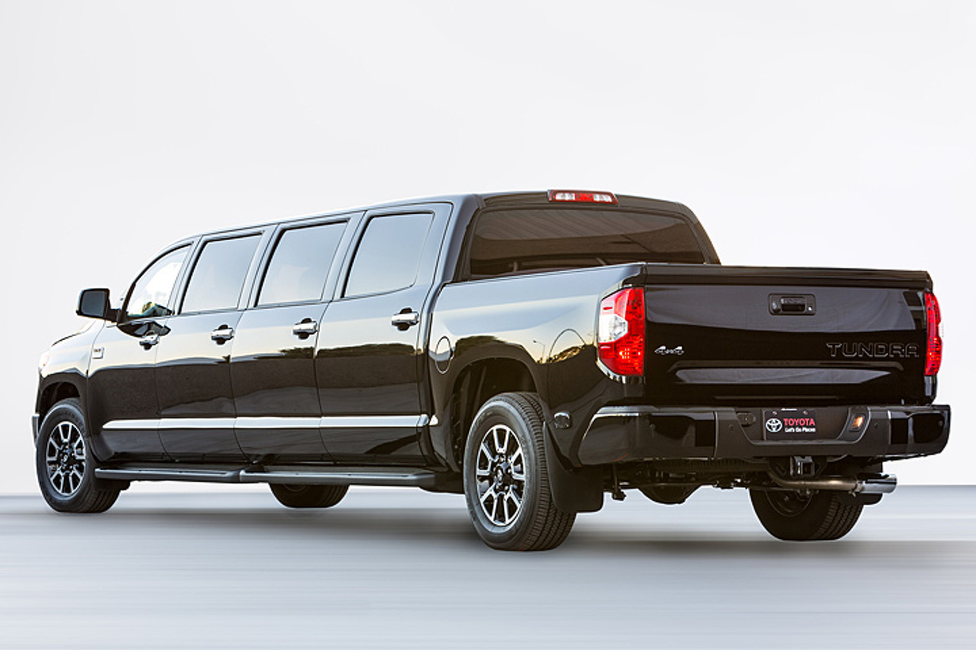 "Toyota Stretches the Limits with a 4x4 ""Tundrasine"" Limo"