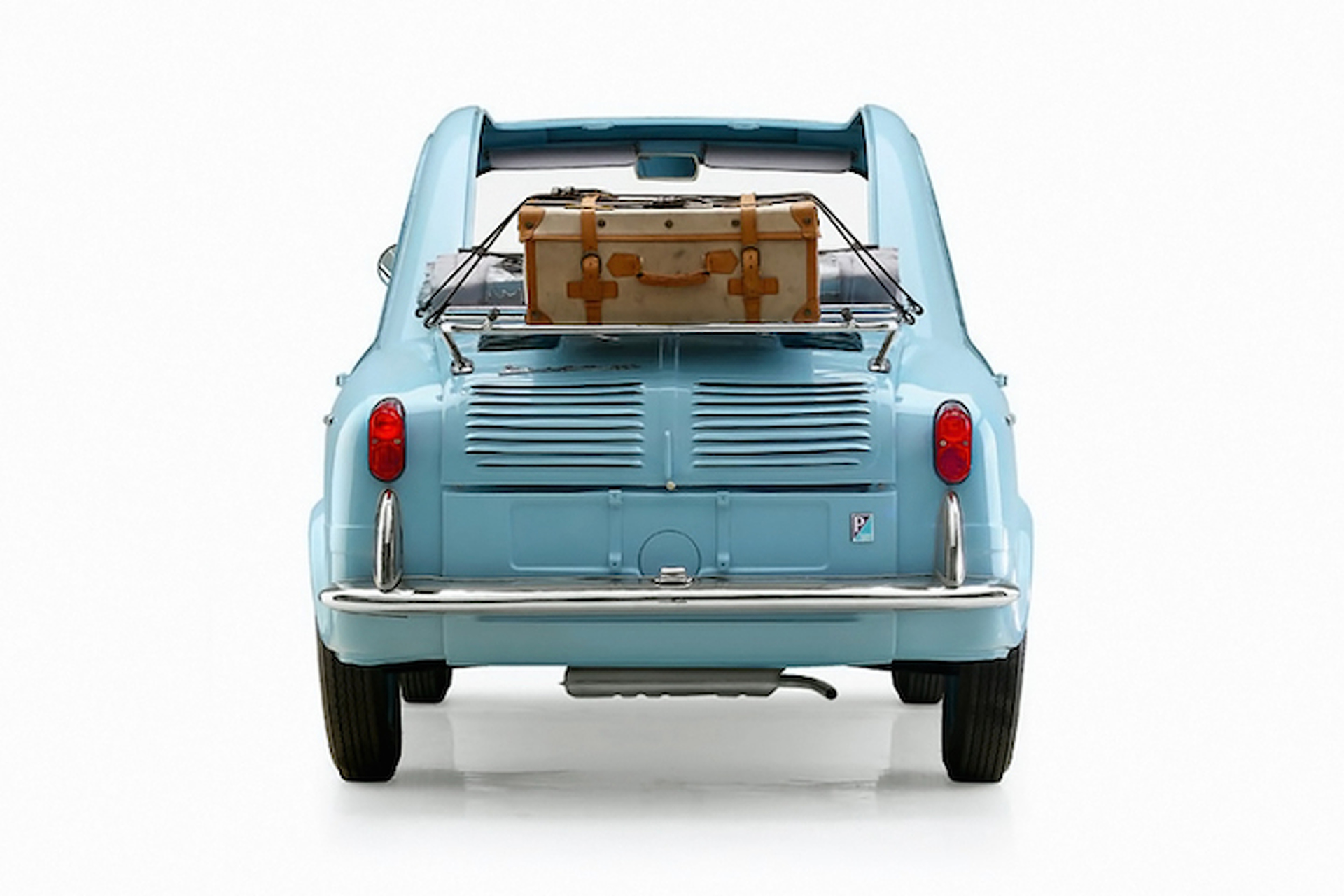 The Vespa 400 is the Cutest Little Car You Never Knew Existed