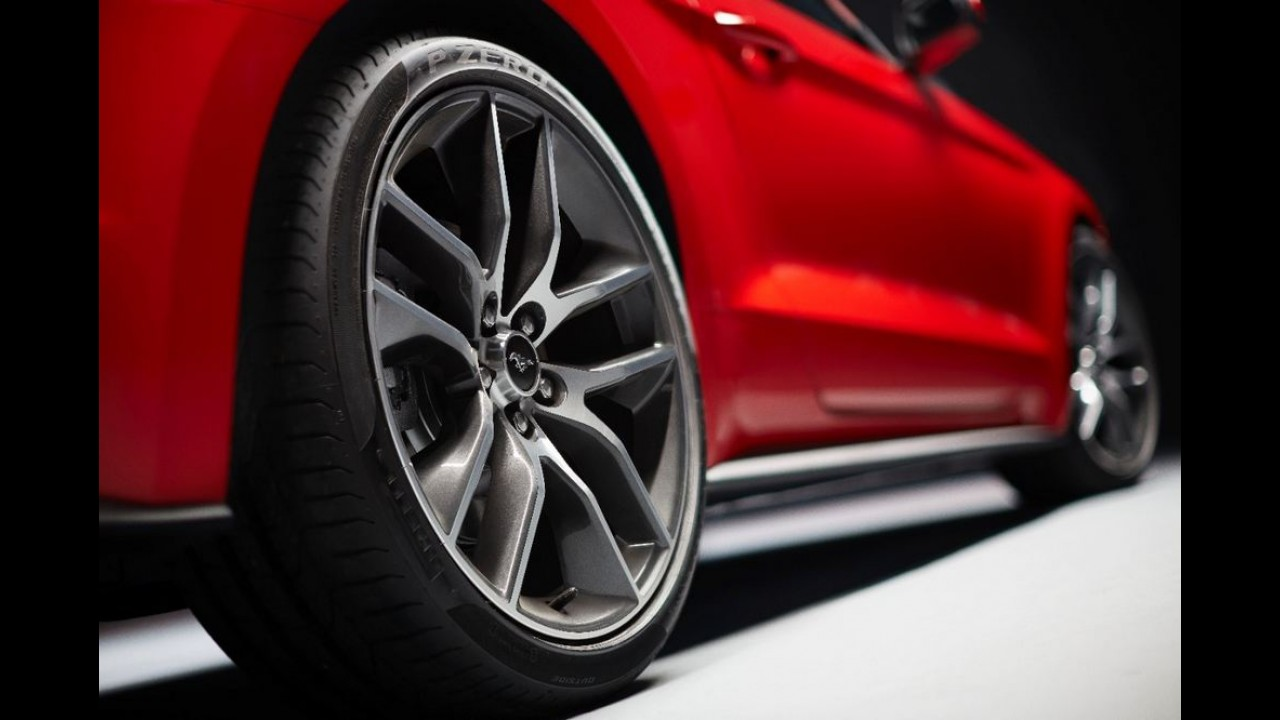 Ford mostra novo Mustang com aplicativo que consegue até pedir pizza
