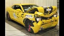 Chevrolet Camaro 2012 alcança nota máxima em teste de colisão