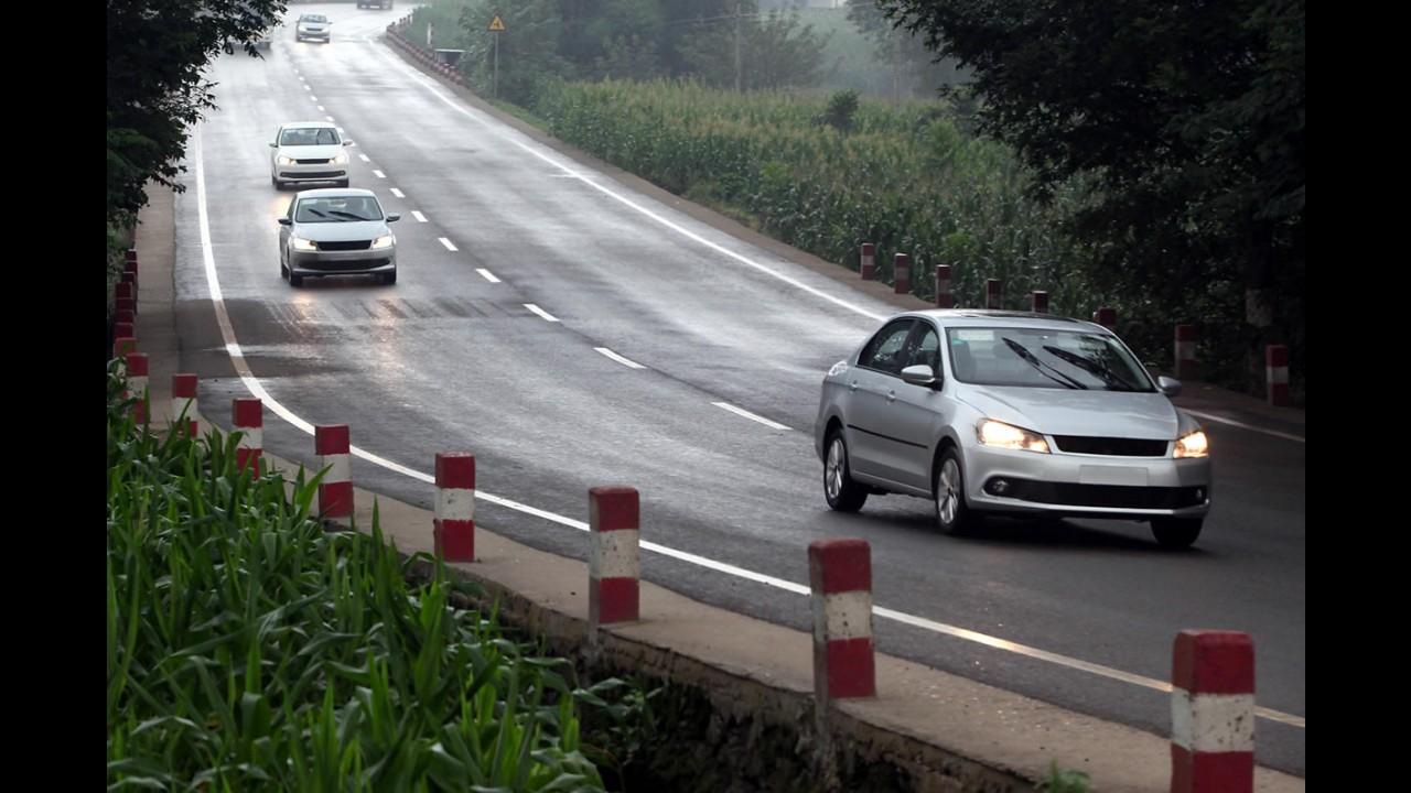 Volkswagen Santana está voltando - Sedã já está pronto na China