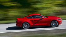 2015 Ford Mustang configurator powers up
