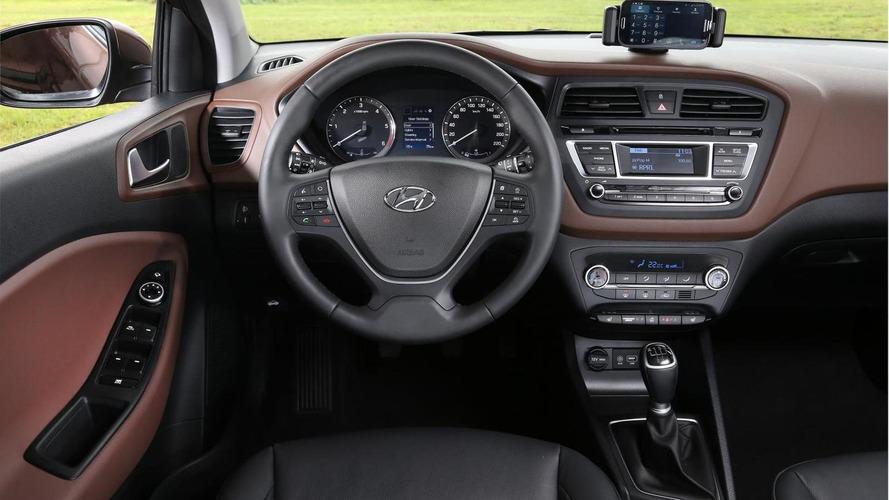 Euro-spec Hyundai i20 detailed, new pics released including interior