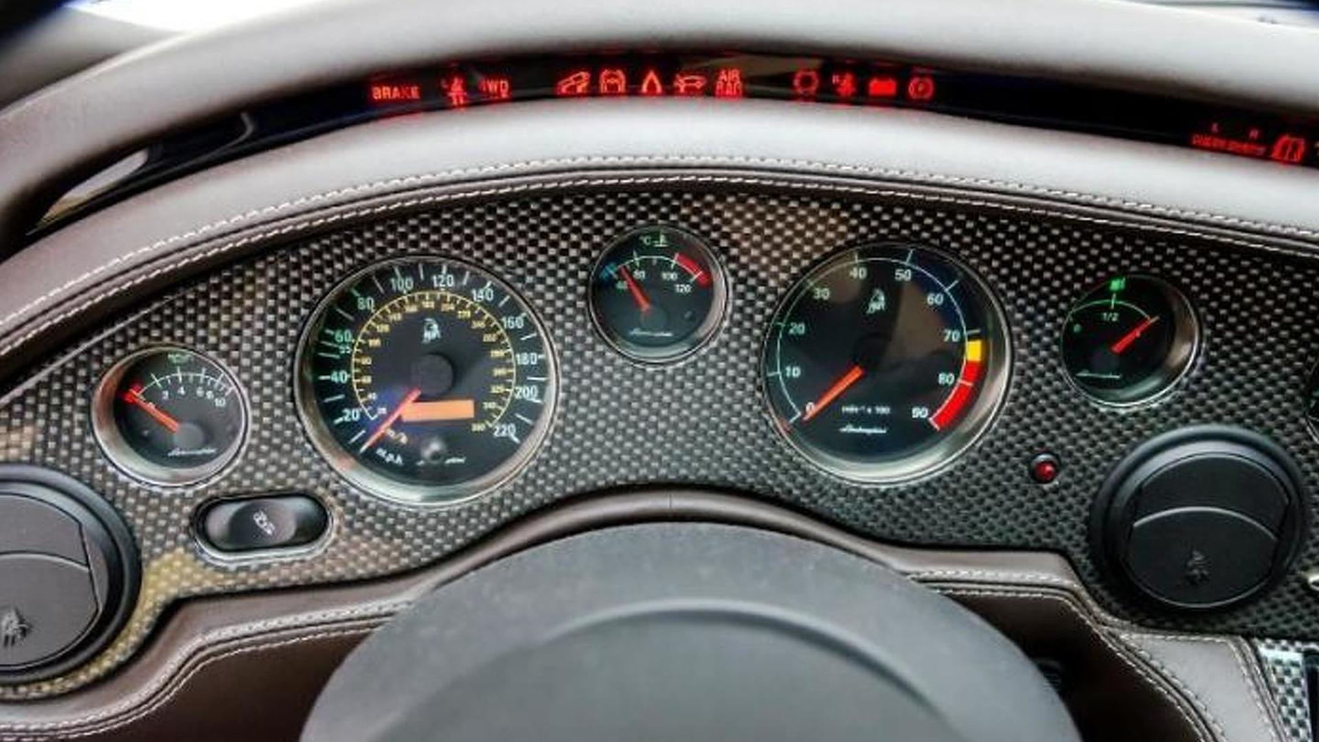 Приборная панель Lamborghini Diablo 6.0 SE