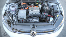 2017 Volkswagen e-Golf: Review