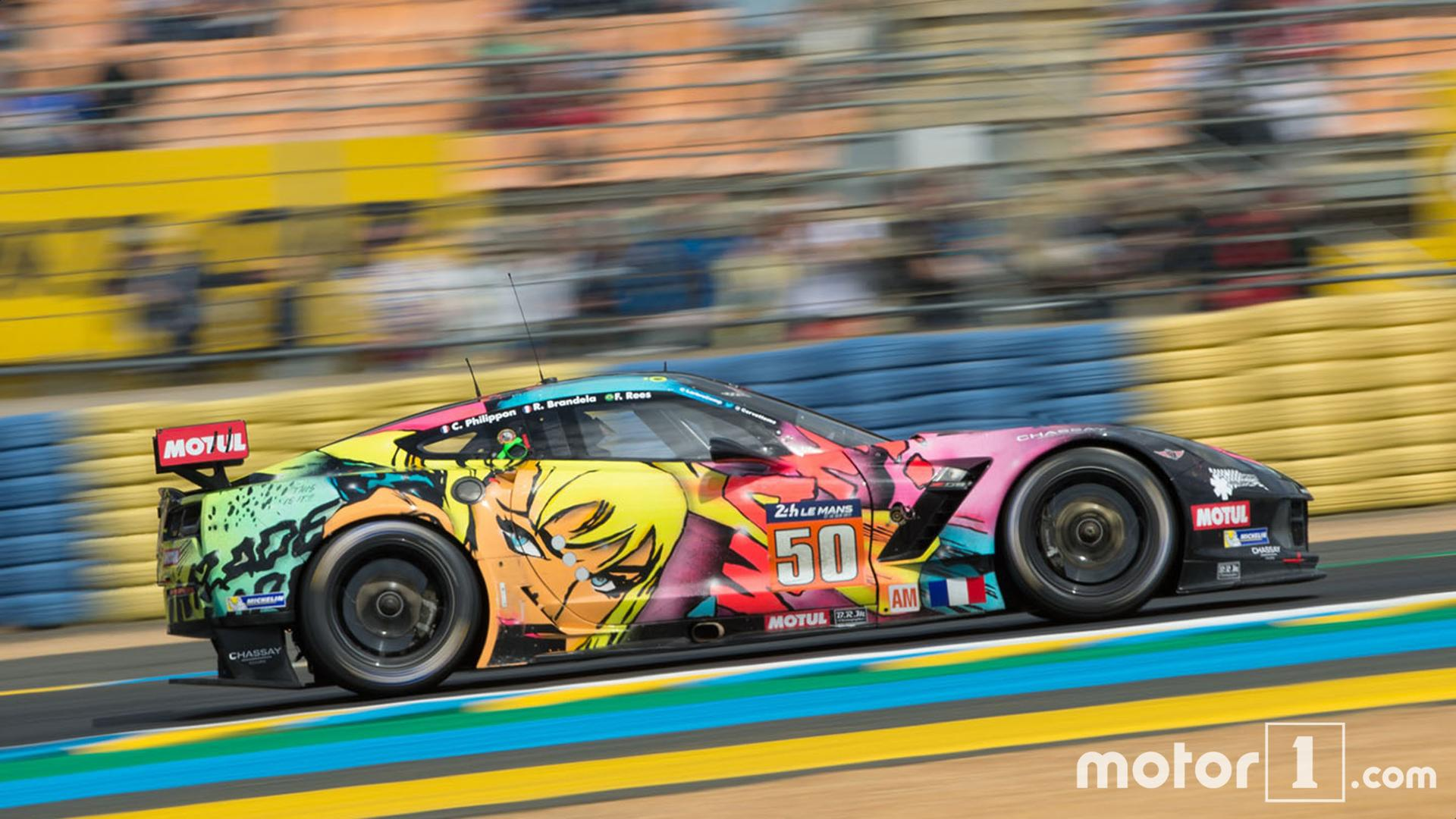 une corvette art car au d part des 24 heures du mans. Black Bedroom Furniture Sets. Home Design Ideas