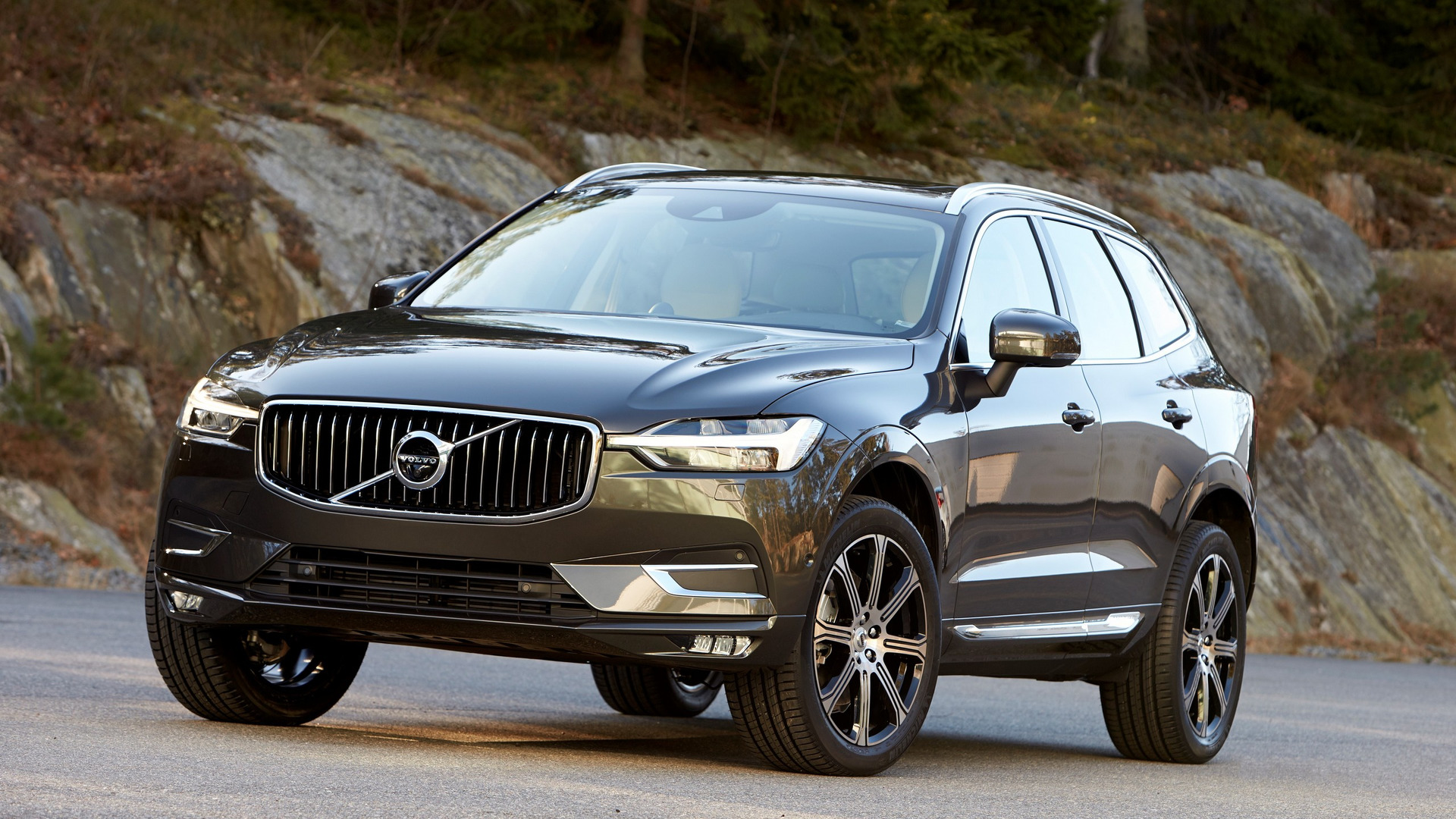 next month enters battery u with the twin kwh hybrid engine volvo in plug new s