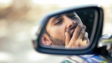 Apnee notturne, come prevenire il colpo di sonno in auto