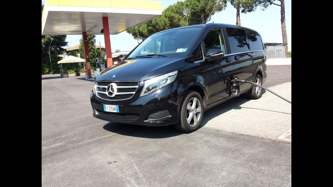 Mercedes V 220 d, test di consumo reale Roma-Forlì