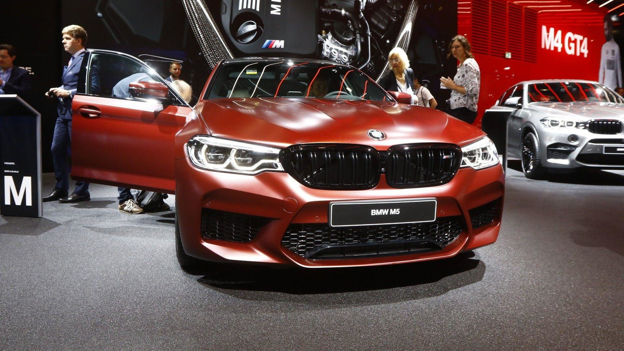 2018 bmw m5 live in frankfurt photo. Black Bedroom Furniture Sets. Home Design Ideas