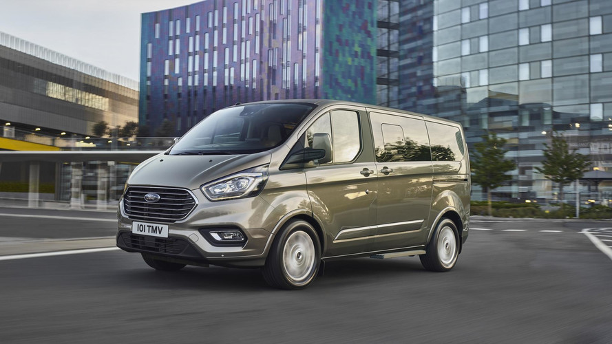 Ford Tourneo Custom People Mover Puts On A New Face