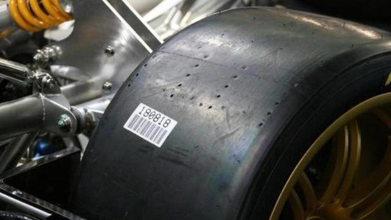 Pagani Zonda R race slicks - note tread depth wear indicator holes