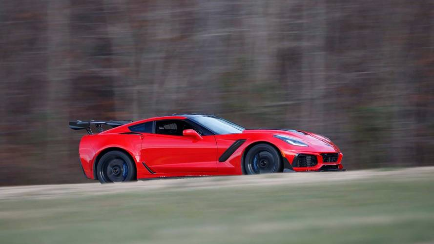 Chevrolet Corvette ZR1 Sets Lap Record at Virginia International Raceway