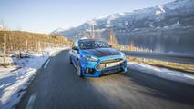 A Norwegian taxi driver uses a Focus RS
