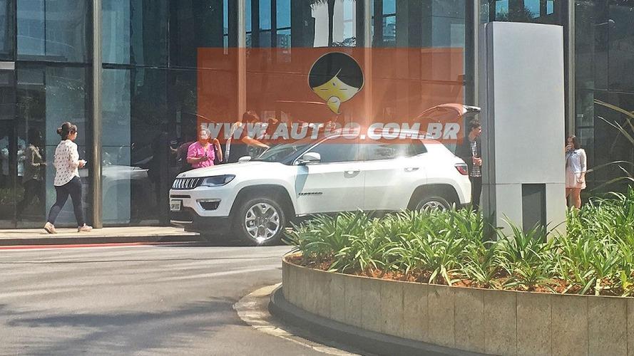 Jeep - Spyshots du prochain SUV à Sao Paolo