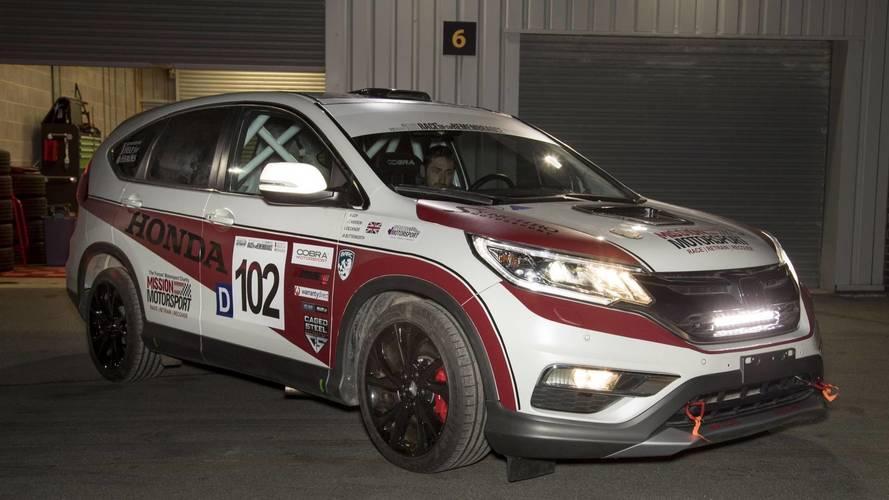 Honda reveals one-off CR-V racing car built by Mission Motorsport