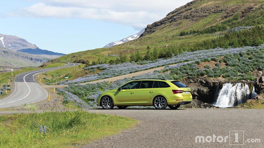 Road Trip - La Škoda Superb SportLine pour arpenter les routes islandaises