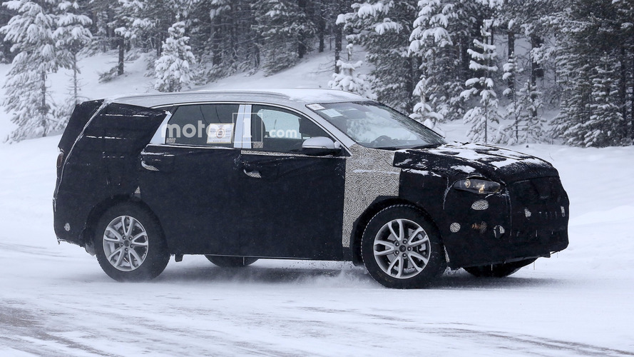 Next-gen Ssangyong Rexton makes spy photo debut