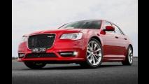 Longe daqui, o nervoso Chrysler 300 SRT de 475 cv ganha retoque visual - fotos