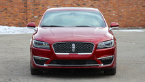 2017 Lincoln MKZ: Review