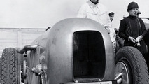 Manfred von Brauchitsch in an SSKL with streamlined body, the car in which he won the AVUS Race on 22 May 1932 with an average speed of 194.4 km/h
