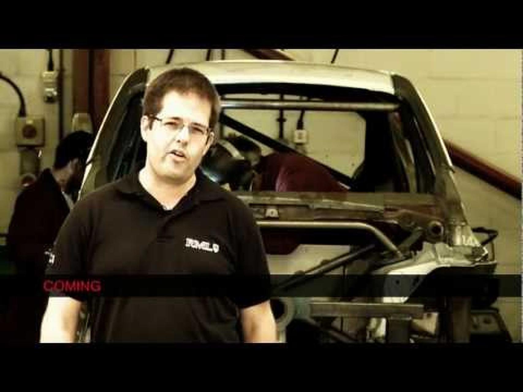 2011 Nissan Juke-R Concept - Seat Fitting and Ergonomics