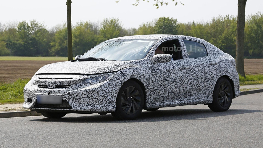 2017 Honda Civic Hatchback spied inside & out