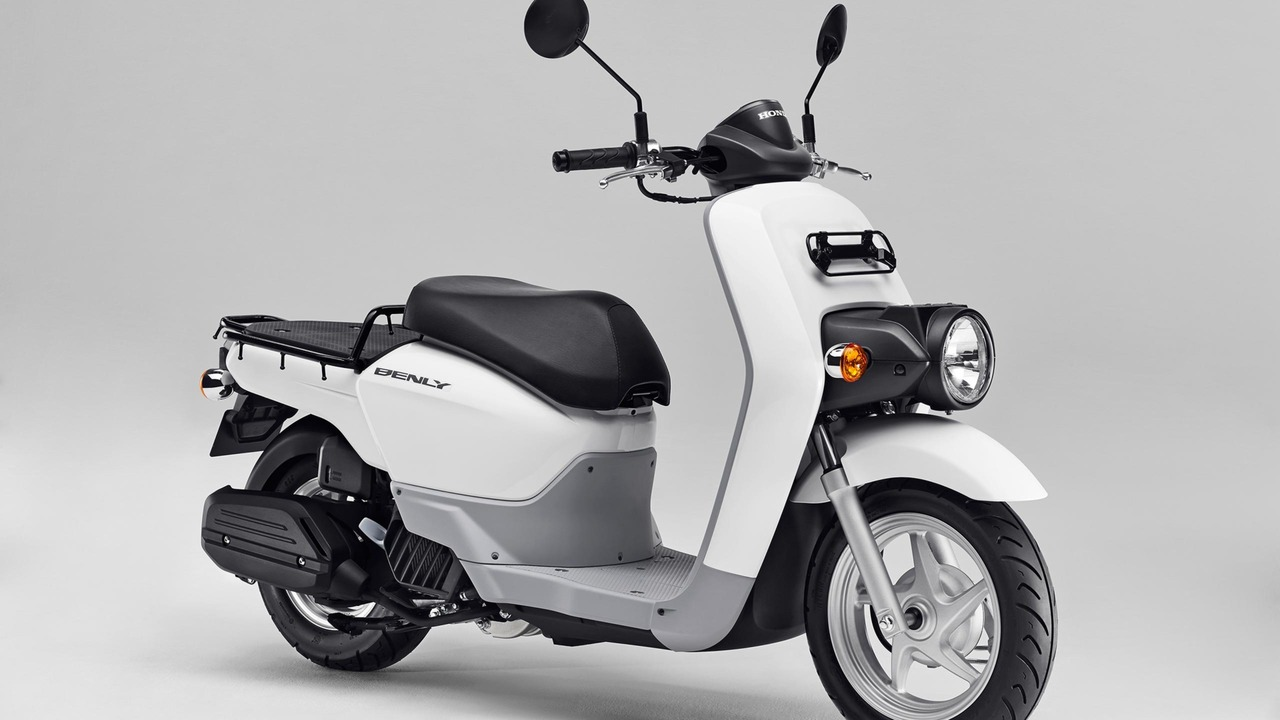 honda scooter examples photos. Black Bedroom Furniture Sets. Home Design Ideas