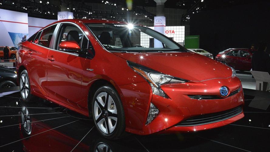 Toyota vende ações da Tesla e termina parceria de desenvolvimento