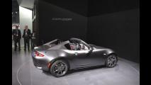 Mazda MX-5 RF, vista dal vivo al Salone di New York