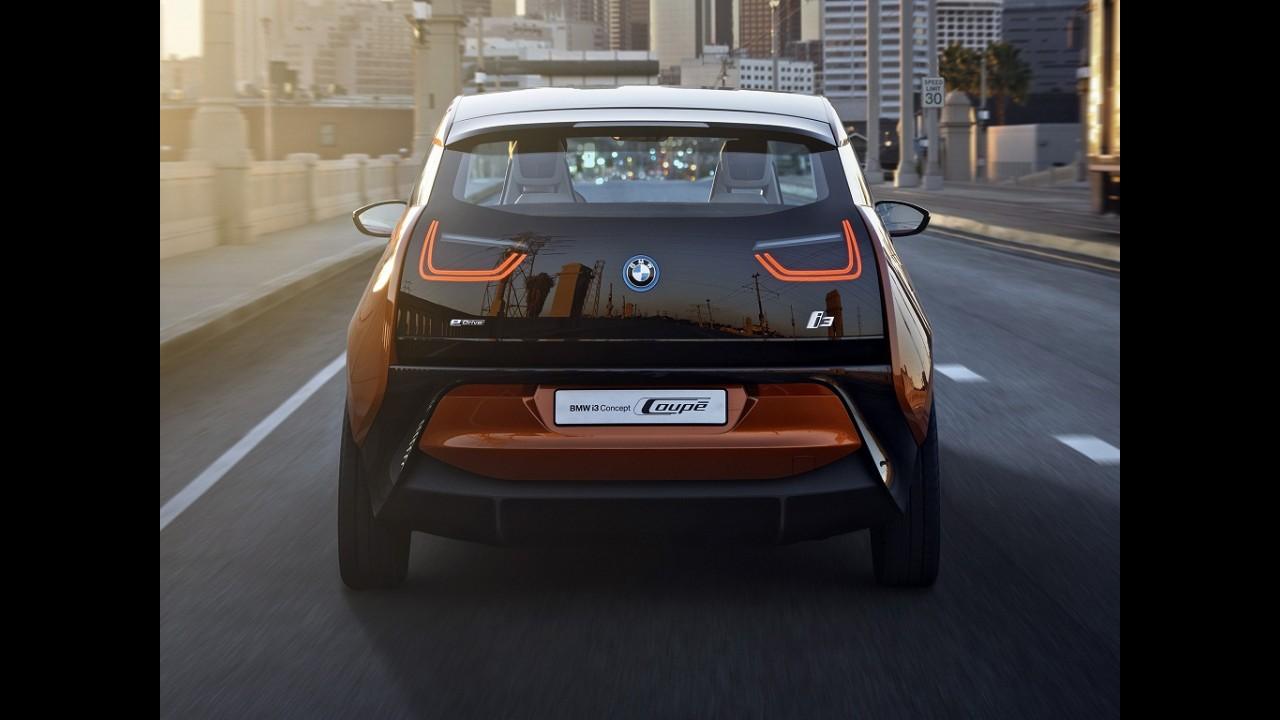 BMW diz que i3 acumula mais de 100 mil pedidos de test drive